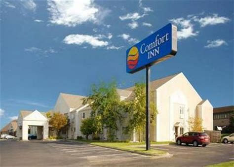 comfort inn burnsville mn comfort inn lakeville lakeville deals see hotel photos
