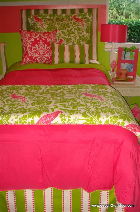 college bedding for premier room bedding retailer decor 2 ur door releases 2012 room bedding collections