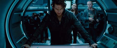tom cruise film in space christopher mcquarrie to direct mission impossible 5