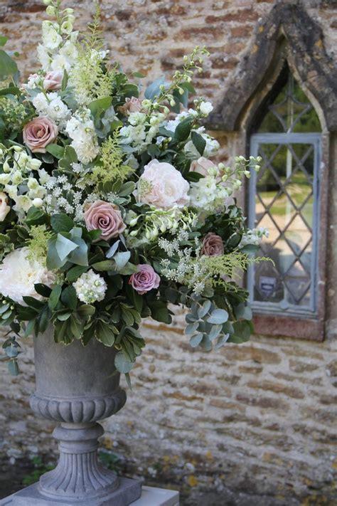Best 25  Small flower arrangements ideas on Pinterest