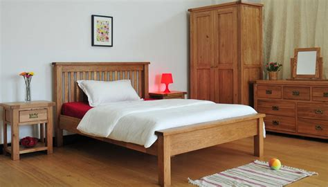 high end king size bedroom sets grasmere solid oak bedroom furniture 5 king size high end
