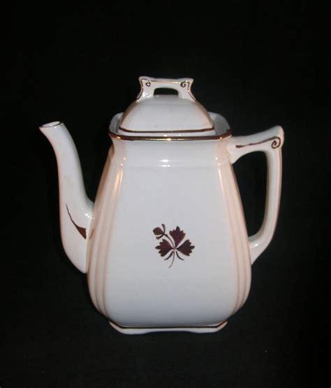 tea leaf pattern ironstone royal ironstone china alfred meakin england copper tea