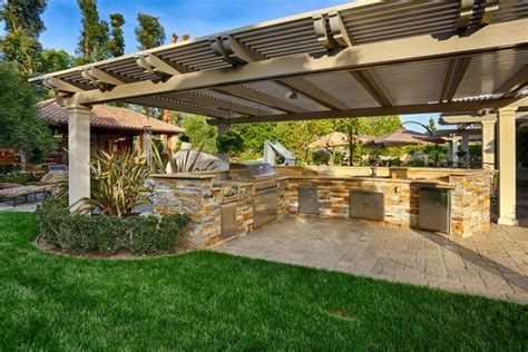 backyard retreat tour an outdoor entertainer s dream home in chatsworth