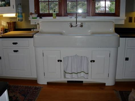 best 25 vintage sink ideas on vintage kitchen
