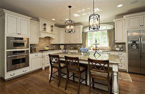 hardwood floors cabinets 28 images light wood floors and kitchen cabinets kitchen cabinet