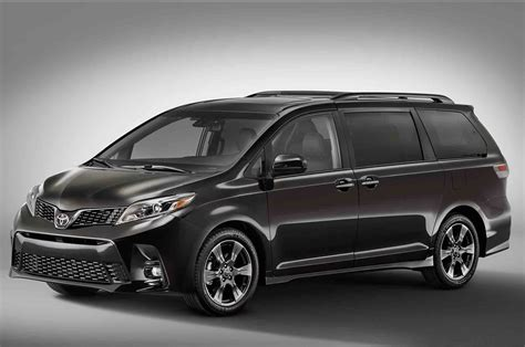 motor cars toyota 2018 toyota sienna gets a makeover motor trend