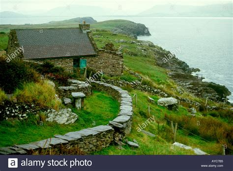ireland cottage cottages ireland stock photo 1820596 alamy