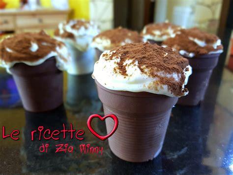 bicchieri di cioccolato bicchieri di cioccolato con crema al mascarpone
