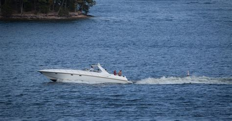 lake of the ozarks vacation rental with boat vacation rentals in the lake of the ozarks boating tips
