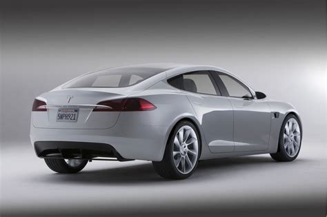 Upcoming Tesla Models Tesla Headhunting Top Auto Execs In Lead Up To Model S Launch