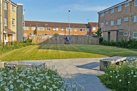 housing trust vale of aylesbury housing trust idverde