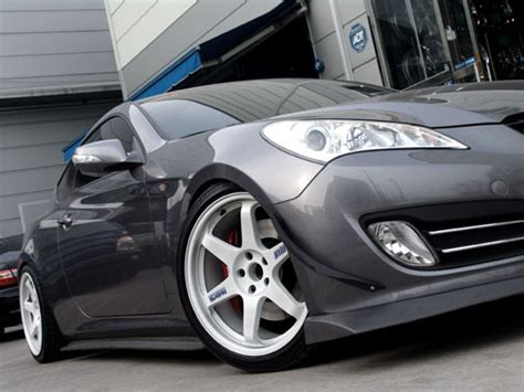 White Truck Grey Wheels White Rims On Silverstone My350z Nissan 350z And