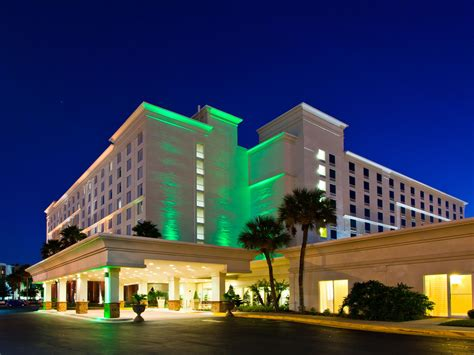 holliday inn inn hotel suites across from universal orlando