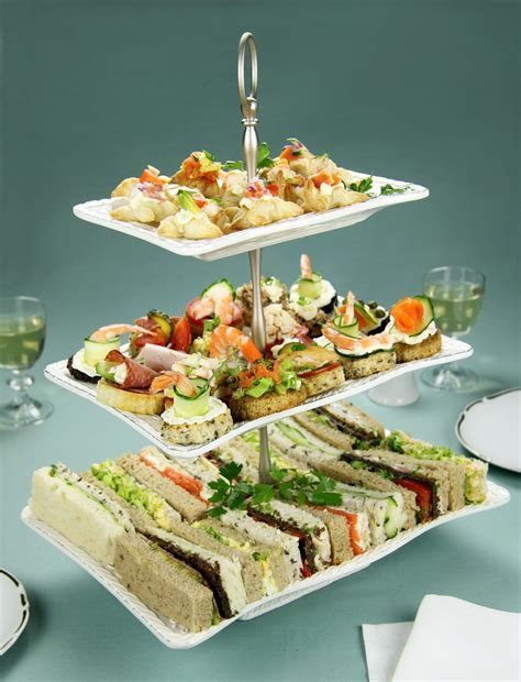 Inexpensive Wedding Reception Food   Finger food   Food
