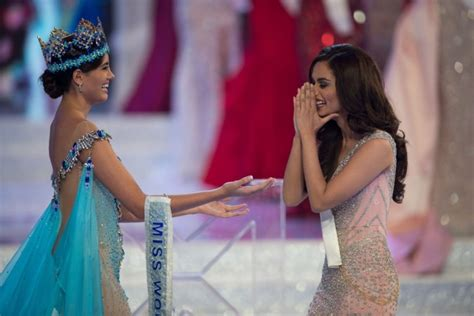 competition india winner miss world 2017 winner manushi chhillar crowned by