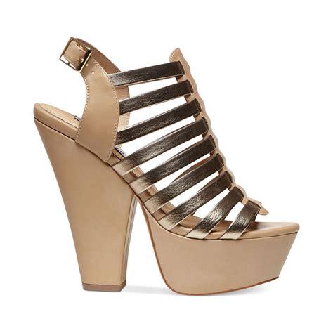 steve madden platform sandals steve madden glendael platform sandals in beige