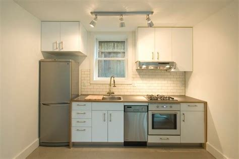 Kitchen Design Simple Small by Simple Kitchen Design For Very Small House Kitchen
