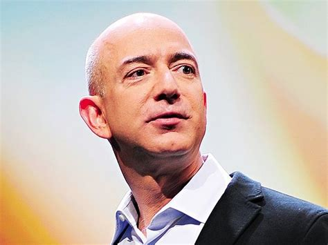 amazon ceo jeff bezos the ceo of amazon com inc becomes the world