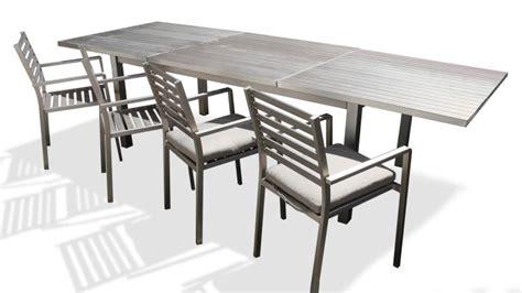 table de jardin 224 rallonges en aluminium irwan mobilier moss
