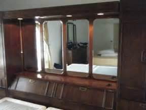Thomasville King Size Bedroom Sets 2 000 Thomasville Mystique King Size Bedroom Set Pier