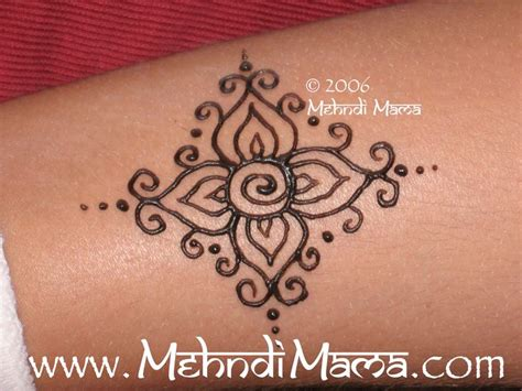 beginner tattoos designs 25 best ideas about henna ankle on henna