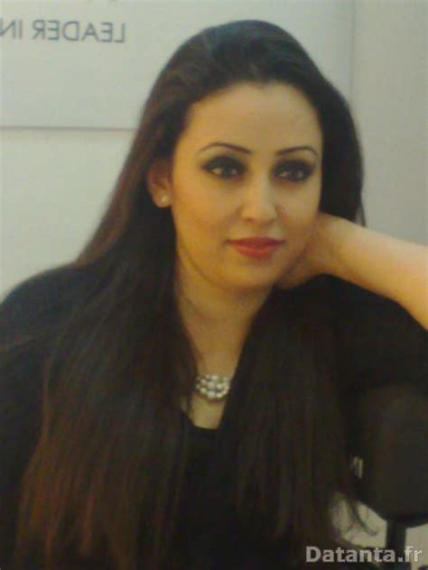 Famme tunisienne pour marriage vows
