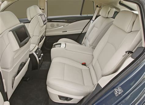bmw x5 rear comfort seats video 2010 bmw 5 series gran turismo