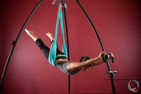 aerial yoga swings home www yogaswings com