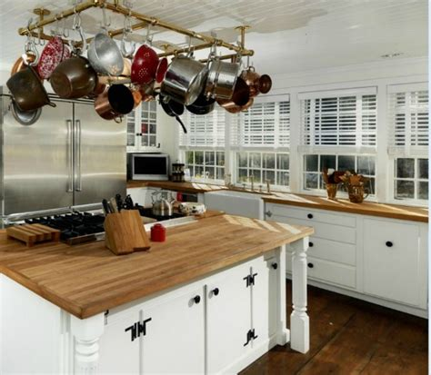 Kitchen In Ct Renee Zellweger S Farmhouse For Sale In Connecticut