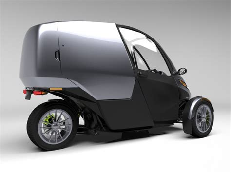 3 Wheel Electric Car India by American Engineer Managed To Decrease Price Of Ev Up To