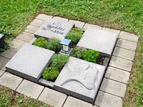 Was Kostet Ein Urnengrabstein by Grabsteine F 252 R Urnengr 228 Ber Steinmetz Henning Wirtz