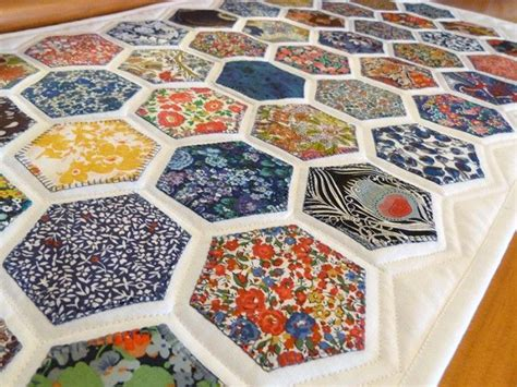 Hexagon Patchwork Projects - 1904 best hexagon quilting images on hexagons