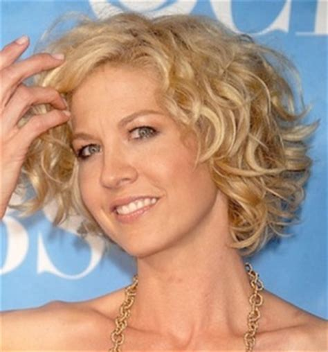 18 flattering hairstyles for the lady over 50 you 18 flattering hairstyles for the lady over 50 you