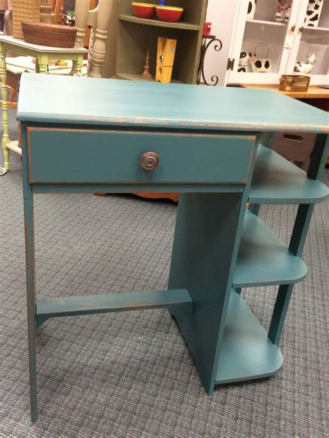 primitive desk painted with valspar paint and websters chalk paint powder for the