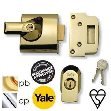Standard Chagne Brass Front Door Lock Nightlatch Latch 60mm Backset Ebay Yale Pbs1 High Security Auto Deadlocking Nightlatch Standard 3621