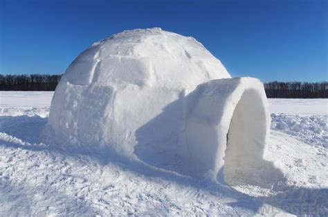 what is an ice house what is an igloo with pictures