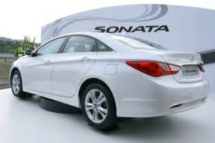 Hyundai Sonata 2010 Price Hyundai Unveils 2010 Sonata In Korea The Torque Report