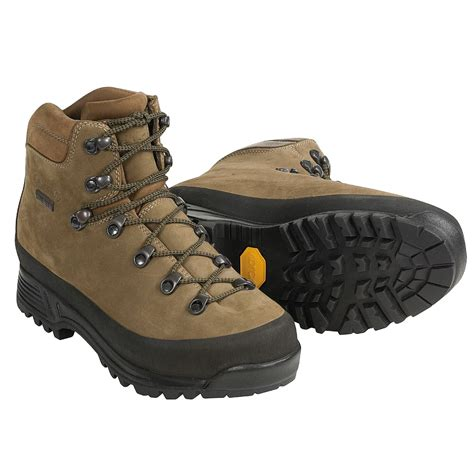 aku boots aku utah tex 174 hiking boots for 1449y save 40