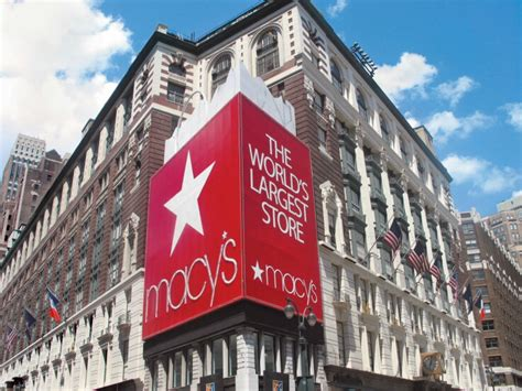 store nyc 10 innovations from new york department stores insider