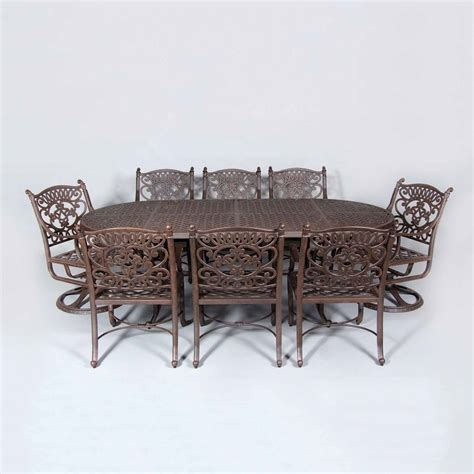 """Cast Classics Brenna 96x44"""" Oval Dining Table   Leisure Living"""