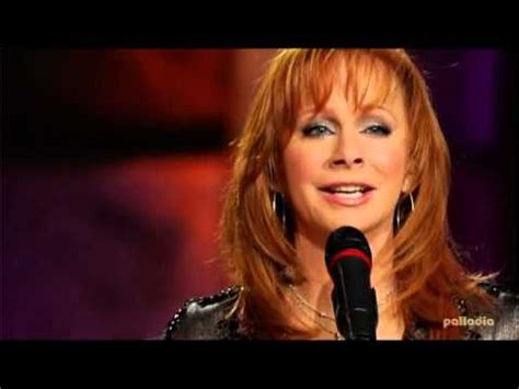 watch reba s empowering new going out like that video reba mcentire and still live youtube