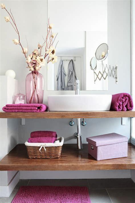 badezimmer deko rosa rosa farbgestaltung wie mit rosa umgehen kann