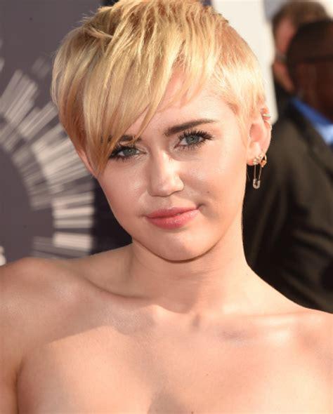 Miley Cyrus Macht Sich Nackig Bigfm