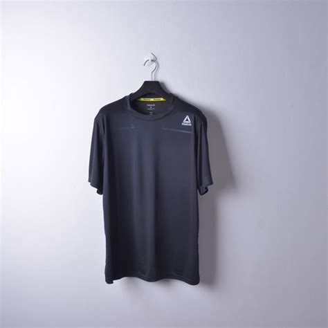 Harga Reebok Hitam jual reebok speedwick workout running shirts original
