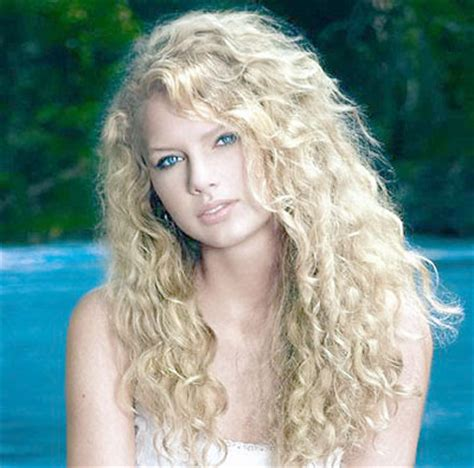 taylor swift biography about her childhood hollywood taylor swift biography