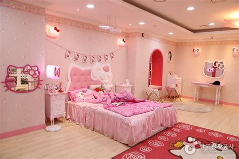hello kitty floor at lotte world hotel jeju doovi hello kitty island 헬로키티아일랜드 official korea tourism