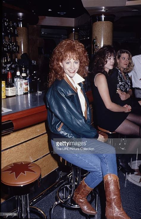 reba mcentire hairy legs 17 best images about reba on pinterest tonight show