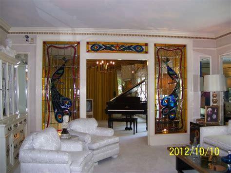 inside mansion house living room www imgkid com the pin by maureena myers on graceland pinterest