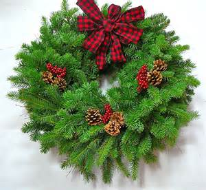 northwood country fresh evergreen wreath 24 in the