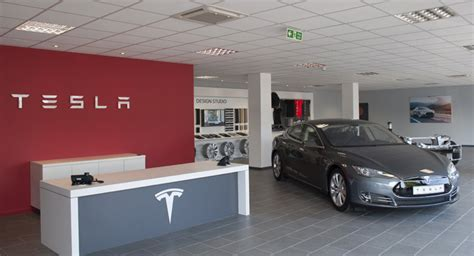 Tesla Dealer Network Tesla Looking Into Used Car Sales For Growth Doctor